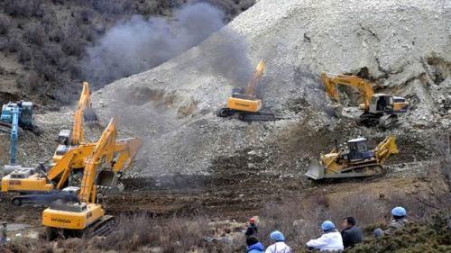 hi-tibet-landslide-04214885-8col